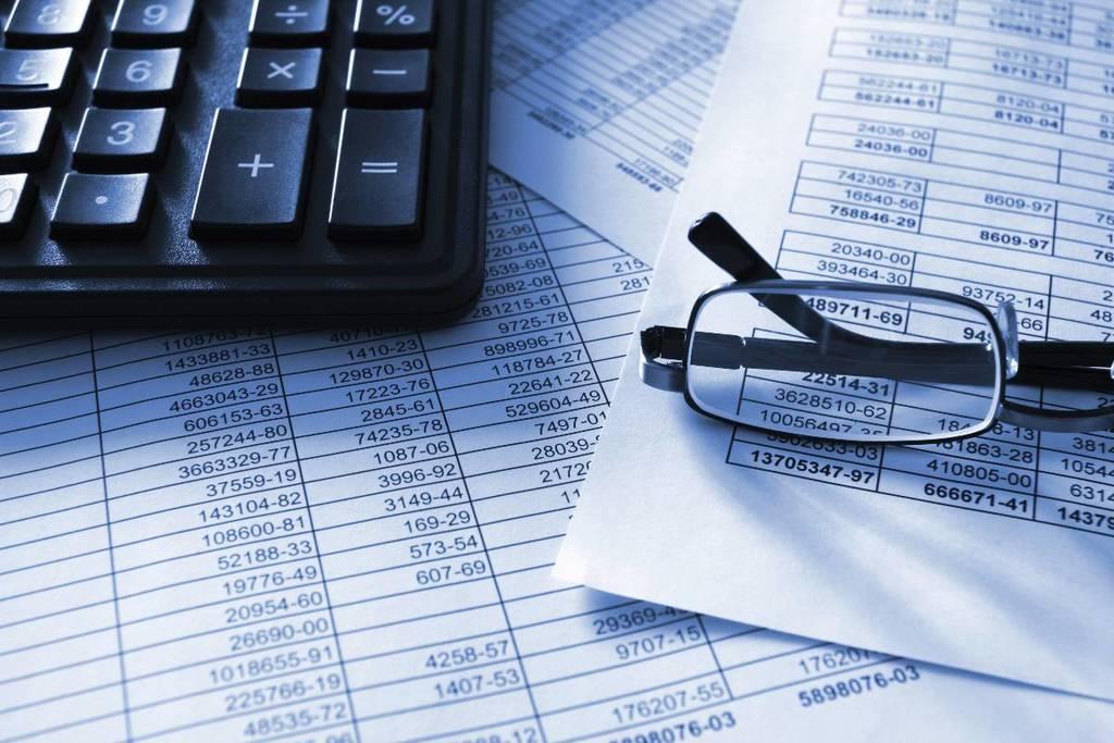 que-es-la-contabilidad-financiera-hojas-gafas