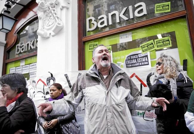 como-denunciar-a-bankia-reclamar-acciones