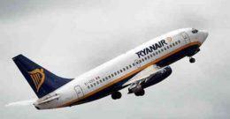 Ryanair cobrara por las maletas de mano en la cabina