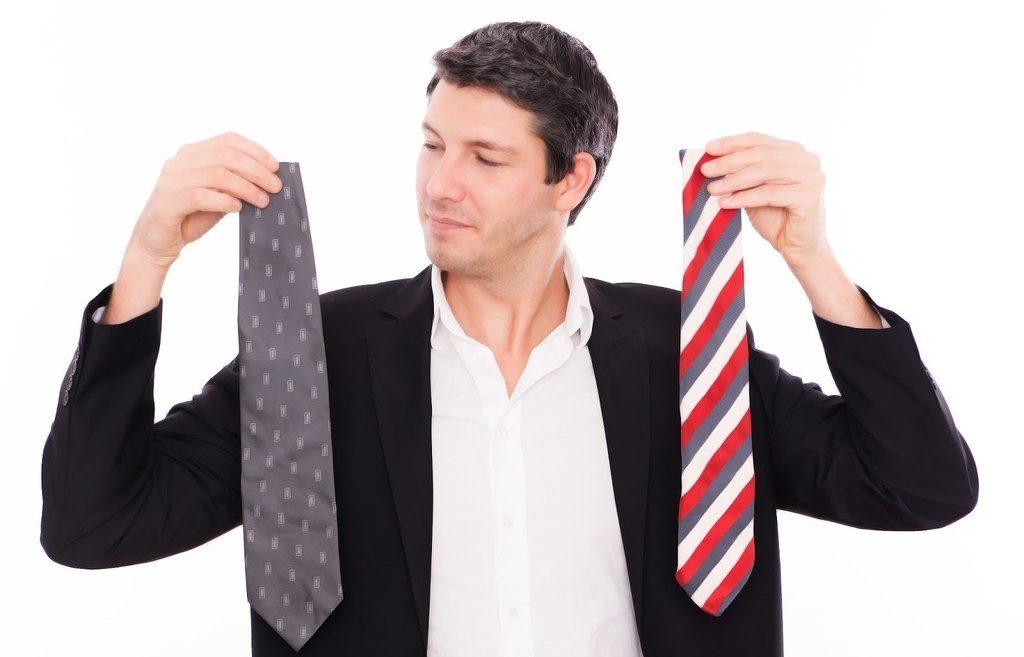 como-ir-a-la-una-entrevista-de-trabajo-claves-eleccion-de-corbata