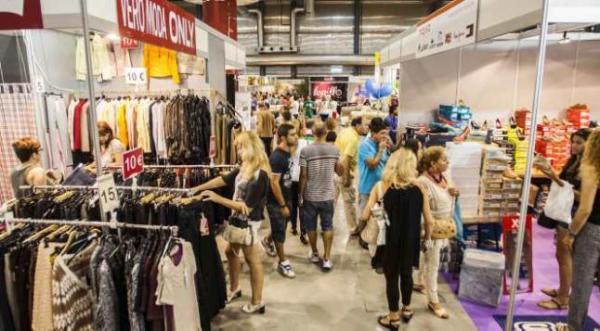 outlets-oprtunidad-para-comprar-ropa-de-temporadas-pasadas-precios-reducidos
