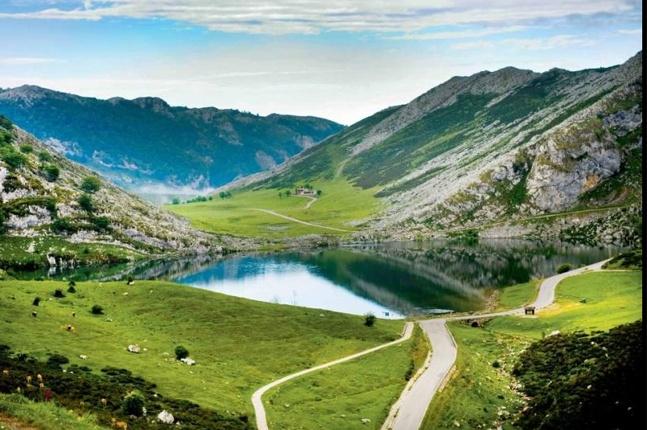puente-de-agosto-las-mejores-ofertas-de-viaje-asturias-lagos-covadonga