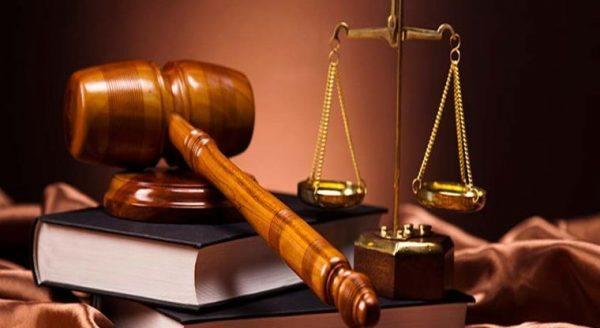 sueldo-abogados-trabajar-despacho-privado