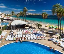 Cómo trabajar en Ibiza