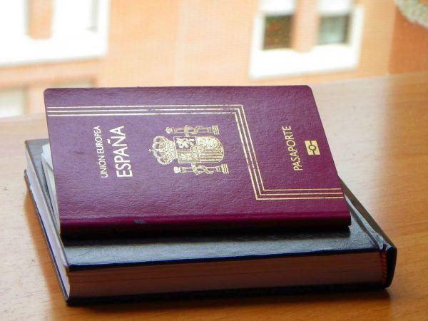 requisitos-para-la-nacionalidad-espanola-pasaporte