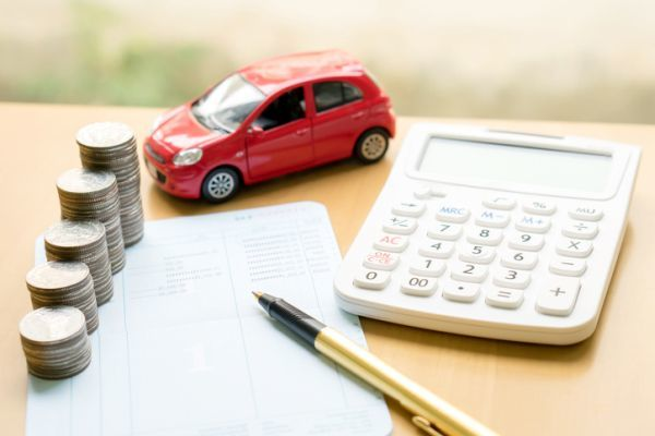 como-calcular-cuanto-gastas-en-el-coche-calculos3-istock