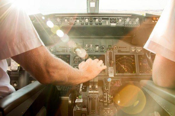 Cuanto gana piloto avion