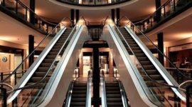 ¿Qué centros comerciales están abiertos hoy?