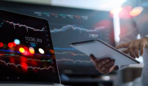 Cuales son las diferencias entre un trader un broker