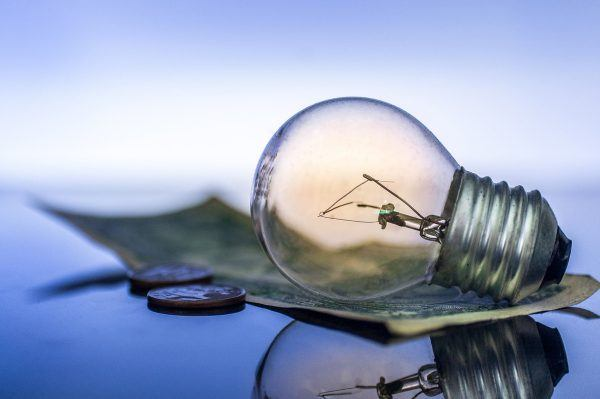 Mejores consejos para afrontar subida de la luz