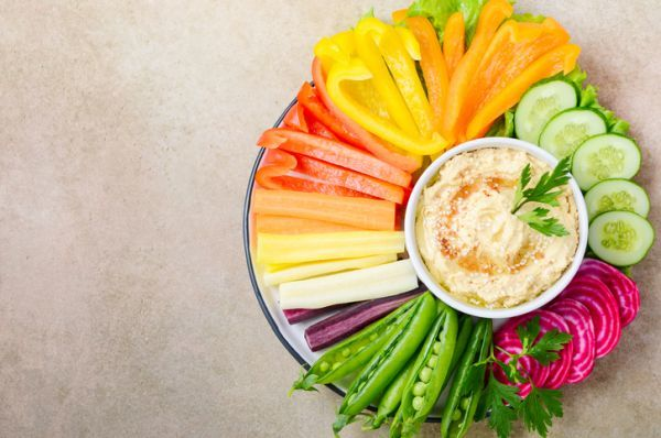 Cuando es el dia internacional del hummus 2021 y como se celebra hummus aperitivos vegetales