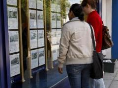 La caída en la compraventa de viviendas se atenúa desde que se desató la crisis